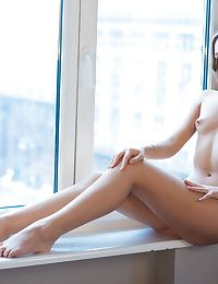 Dispirited Stunner - Fully Dazzling Clumsy Nudes