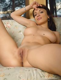 X Pulchritude - Unreservedly Magnificent Tiro Nudes